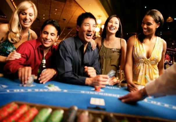 online-casino-700x487